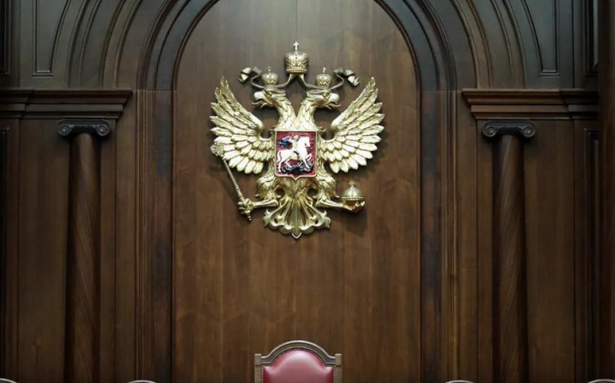Экс-глава Чувашии Игнатьев умер, но скандал разрастается